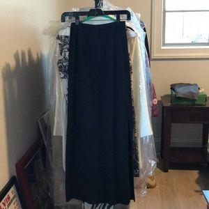 Sigrid black long skirt
